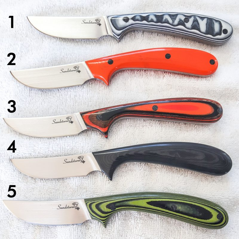 5 beautiful Sandstorm Custom Hunting Knives.